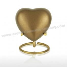http://www.cremationurnscompany.com/1041-thickbox_default/chestnut-3inch-heart.jpg