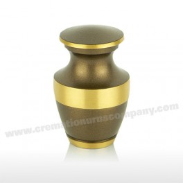 http://www.cremationurnscompany.com/1057-thickbox_default/chestnut-mini-urn-3inch.jpg